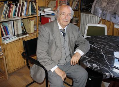 Imagen del profesor Manuel Criado de Val