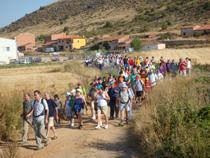"""Participantes en la marcha senderista """"Camino del Cid"""" del pasado año"""