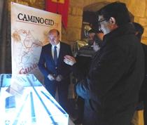 El presidente de la Diputación de Guadalajara, José Manuel Latre, visitando el espacio del Camino del Cid habilitado en el castillo de Torija
